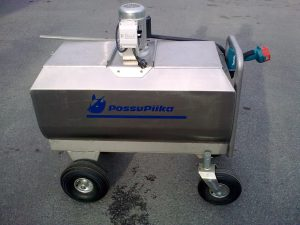 Milk trolley for calves in individual boxes
